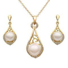 Arannyal bevont ékszerszett szimulált gyöngyökkel, egyedi kristályokkal + AJÁNDÉK DÍSZDOBOZ (1618.)