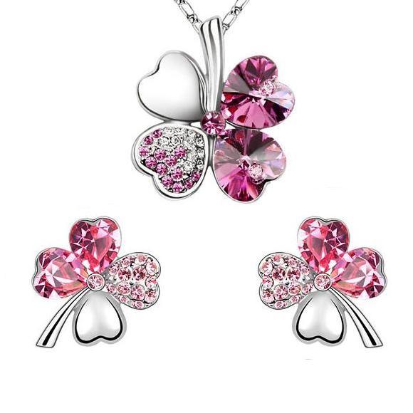 Fehérarannyal bevont lóhere ékszerszett pink ausztriai kristályokkal  + AJÁNDÉK DÍSZDOBOZ (409.)