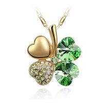 Arannyal bevont zöld lóhere nyaklánc Swarovski kristályokkal + AJÁNDÉK DÍSZDOBOZ (0063.)