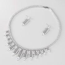 Esküvői/alkalmi luxus ékszerszett levél alakú CZ kristályokkal, platina bevonattal +AJÁNDÉK DÍSZDOBOZ (0758.)