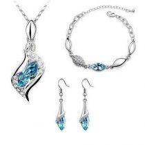 Fehérarannyal bevont 3 részes ékszerszett kék színű kristályokkal + AJÁNDÉK DÍSZDOBOZ (0985.)