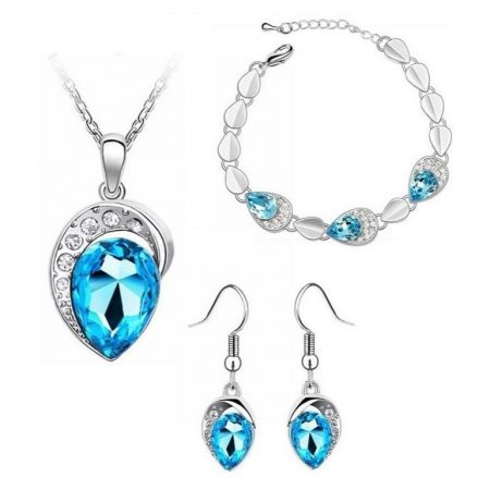 Fehérarannyal bevont 3 részes csepp ékszerszett, kék egyedi kristályokkal + AJÁNDÉK DÍSZDOBOZ (1207.)