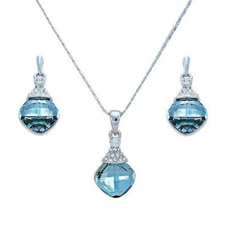 Ródiummal bevont elegáns ékszerszett halványkék ausztriai kristályokkal + AJÁNDÉK DÍSZDOBOZ (0117.)