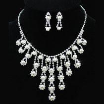 Exkluzív, szimulált gyöngyös alkalmi ékszerszett egyedi kristályokkal + AJÁNDÉK DÍSZDOBOZ (0265.)