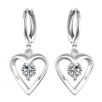 Platinával bevont függő szív fülbevaló áttetsző CZ kristályokkal + AJÁNDÉK DÍSZDOBOZ (0420.)