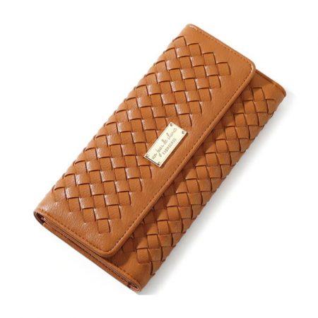 Barna színű női pénztárca fonott mintával (0945.)