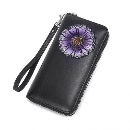 Fekete bőr pénztárca lila virág díszítéssel (0493.)