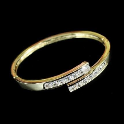 Arannyal bevont karperec 6 karátos szimulált gyémántokkal + AJÁNDÉK DÍSZDOBOZ  (0305.)