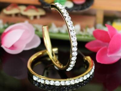 18k arannyal bevont karika fülbevaló ausztriai kristályokkal + AJÁNDÉK DÍSZDOBOZ (1068.)