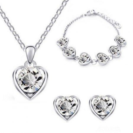 Fehérarannyal bevont 3 részes szív ékszerszett, áttetsző ausztriai kristályokkal + AJÁNDÉK DÍSZDOBOZ (0204.)