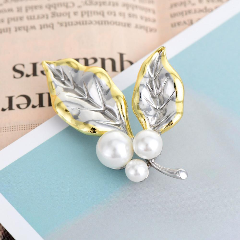 Arany-ezüst bevonatú gyöngyös levél bross (0252.)